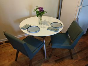 Dining Table & Chairs for Sale in Washington, DC