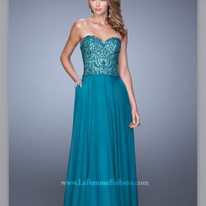 Prom / Wedding Bridesmaid Dress for Sale in Morrisville, PA
