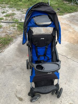 Jeep stroller for Sale in Port St. Lucie, FL