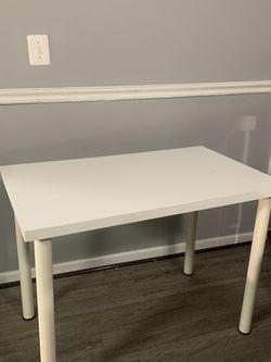 Desk/Vanity Table for Sale in Washington,  DC