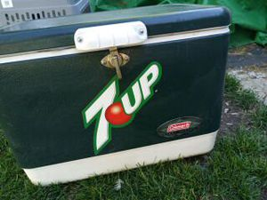7 up cooler for Sale in Galloway, OH
