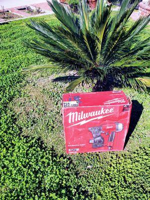 Milwaukee roffing nail gun 🔫 bra new for Sale in Monterey Park, CA