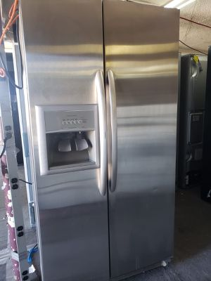 Kenmore Refrigerator Fridge Counter Depth Free Delivery #824 for Sale in Ontario, CA