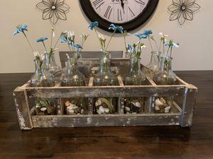 Wooden Crate Caddy Vase Runner Set for Sale in Orlando, FL