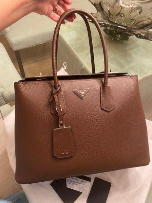 100% Authentic Prada Bag for Sale in Hialeah, FL