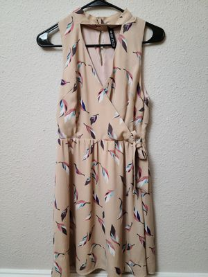 Design Lab feather pattern dress size small for Sale in Columbia, MD
