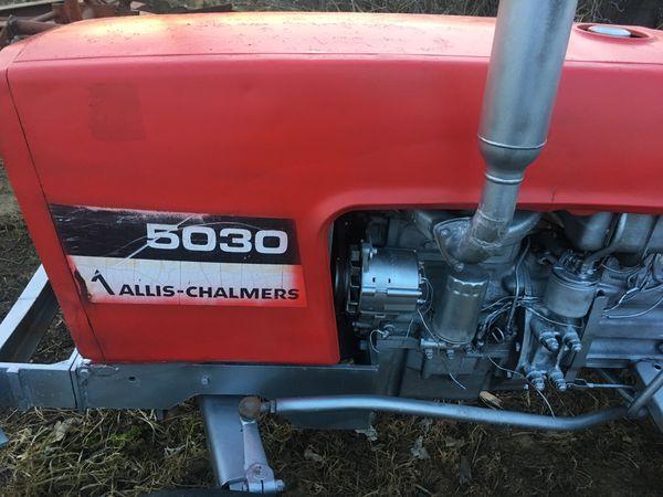 Allis chalmers 5030 Diesel (31hp) tractor for Sale in Reedley, CA - OfferUp