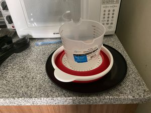 4-Cup Plastic Measuring Cup, Strainer and Plate for Sale in Ithaca, NY