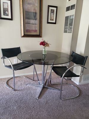 Round Beveled Glass Dining Table w/ 2 Black Vinyl Chairs for Sale in Bremerton, WA