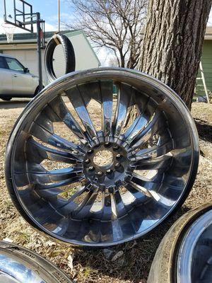 2 good greed rims size 22 for Sale in Wichita, KS