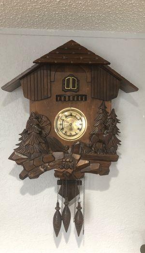 Antique coocoo clock (not free pls read description) for Sale in Lake Worth, FL