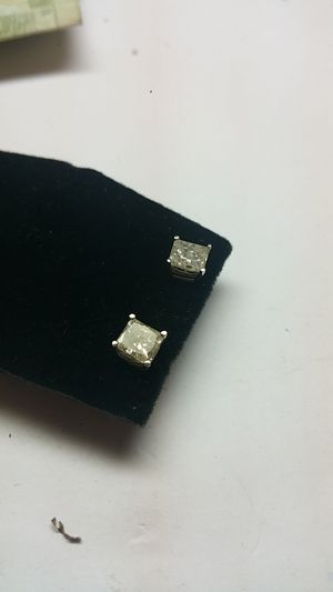 Princess-cut 2.21ctw diamond studs for Sale in Philadelphia, PA