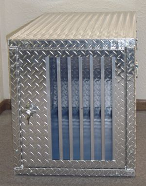 Owens heavy duty dog crate M/L dogs for Sale in Portland, OR