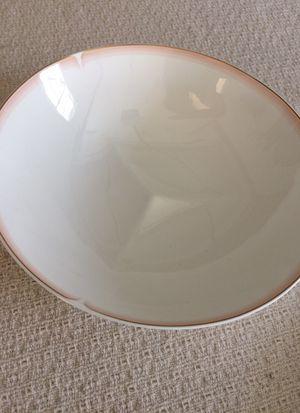Royal Doulton serving bowl for Sale in Newburyport, MA