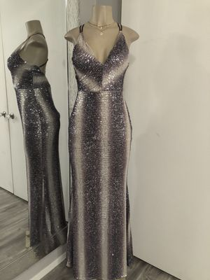Fancy / prom / wedding / elegant sequin dress size small/med for Sale in Anaheim, CA