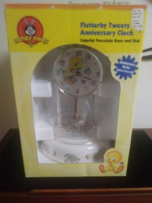 Tweety Bird Anniversary Clock for Sale in St. Louis, MO