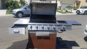 Brinkman bbq grill 5 burner w sear/side burner w LED lights good cond I paid 599.00 only a year old 299 OBO for Sale in El Monte, CA
