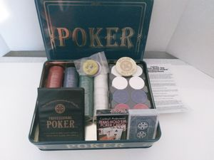 Play Professional Poker Board Game for Sale in Englewood, FL
