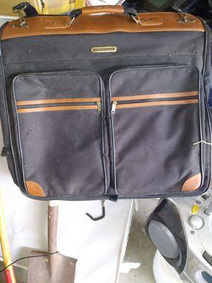 American Tourister Garment Bag Luggage Bag w/ Shoulder Strap for Sale in Las Vegas, NV