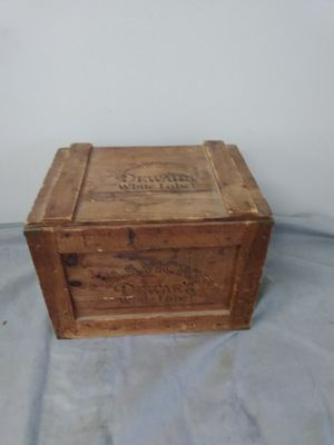 ANTIQUE DEWERS CHEST for Sale in Yalesville, CT