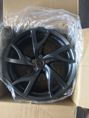 "Infiniti Rays ""Performance Wheel Package"" 19x9 for Sale in Simi Valley, CA"