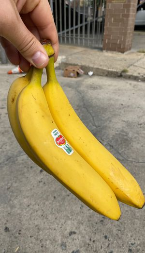 3 Ripe, Delmonte, Yellow bananas for Sale in The Bronx, NY