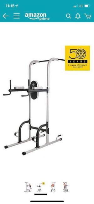 Gold gym weight lifting set plus 300 lbs weight - Good condition for Sale in San Diego, CA