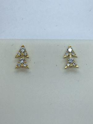 14k Gold Diamond Earrings New for Sale in Renton, WA
