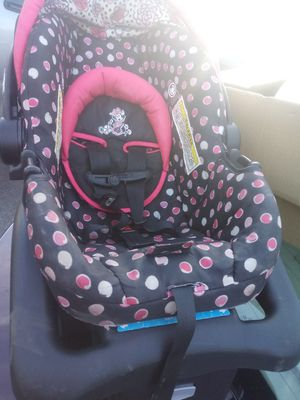 Car seat for Sale in Clemmons, NC