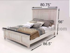 WHITE AND DARK 4PC QUEEN BED DRESSER MIRROR AND NIGHTSTAND/MATTRESS SOLD SEPARATE for Sale in Angelus Oaks, CA
