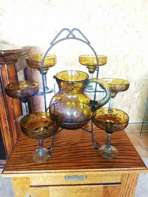 MARGARITA GLASSES AND PITCHER RACK for Sale in Montrose, MI