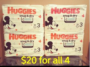 Huggies Snug & Dry size 3 diapers pampers for Sale in Whittier, CA