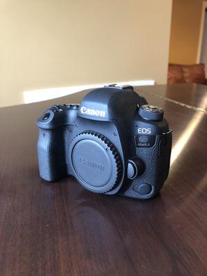 Canon 6D Mark 2 Full Frame Professional Camera for Sale in Gainesville, VA