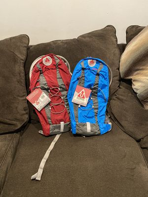 Ultimate Direction Stinger Hydration Pack red/ blue $45 each for Sale in Los Angeles, CA