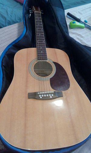 Guitar/Guitara for Sale in Homestead, FL