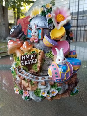 Easter bunny musical water fountain for Sale in Toledo, OH