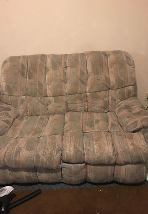 Free couch must PU for Sale in St. Louis, MO