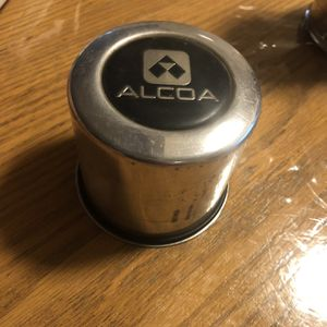 "3-1/4"" , 3.25"" Alcoa center Cap # 52059706AA for Sale in Downey, CA"