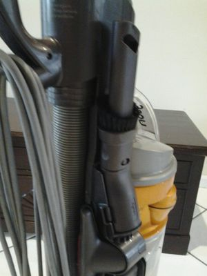 Dc40 dyson vacuum cleaner works great! for Sale in Margate, FL