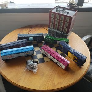 Have some lionel trains for Sale in East Wenatchee, WA