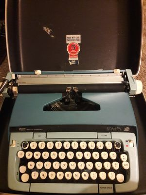 Vintage typewriter for Sale in Fullerton, CA