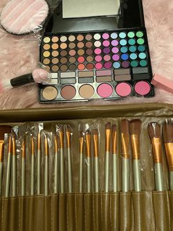 Eyeshadow +brushes +lipstick +beauty Blender +sponge Powder for Sale in Hilliard,  OH