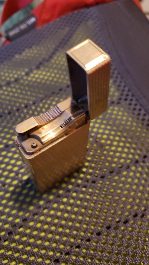 S. T. Dupont vintage lighter