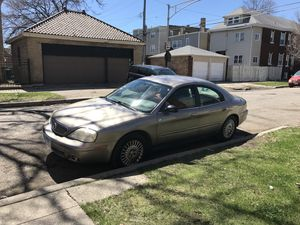 2004 Ford Taurus good runing car in good conditions for Sale in Chicago, IL