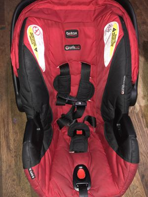 Red Britax infant car seat for Sale in Fresno, CA