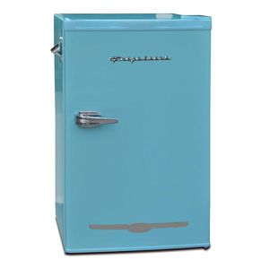 Frigidaire 3.2 cu. ft. Retro Mini Fridge in Blue NEW for Sale in Plantation, FL
