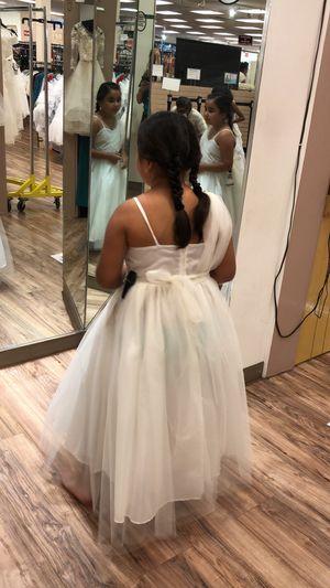 Flower Girl Dress Off-White- gently worn.. size 10 for Sale in Arlington, TX