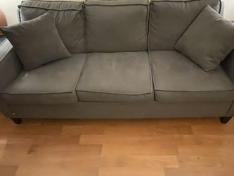 Queen Sized Pullout Couch for Sale in Queens,  NY