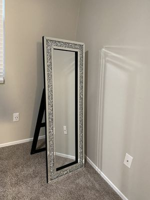BRAND NEW MIRROR COMES IN BOX UNOPENED 10 LEFT for Sale in Ontario, CA