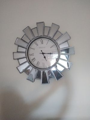 Mirrored Wall Clock for Sale in Glen Burnie, MD